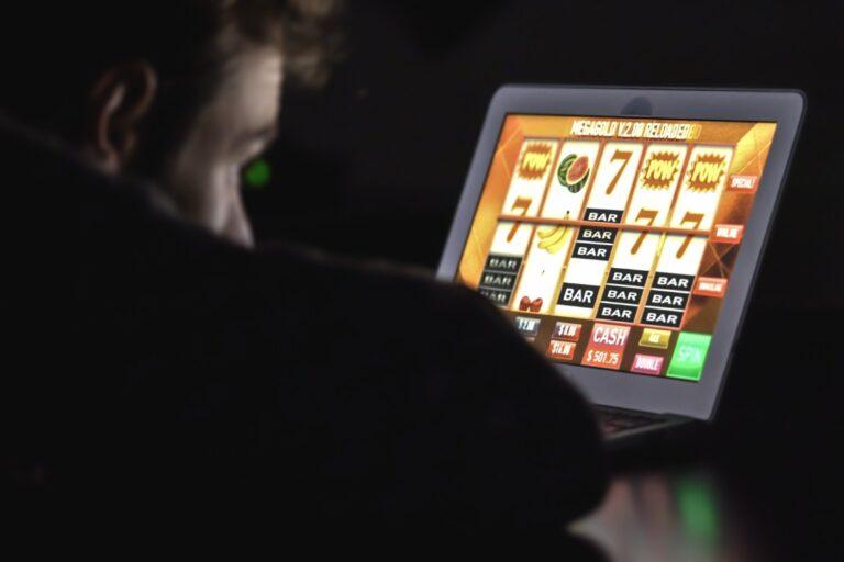 Slot Deposit Pulsa, Cara Mudah Bermain Judi Online